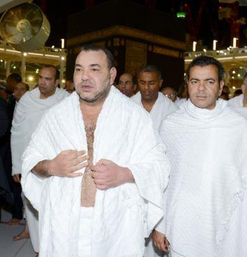 محمد السادس يؤدي مناسك العمرة [صور+فيديو]
