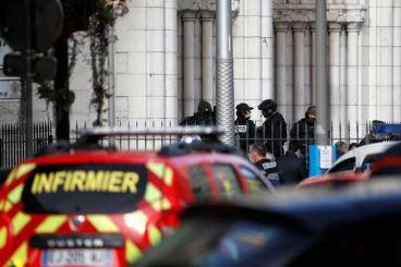 فرنسا: ثلاثة قتلى وجرحى في هجوم بسكين في مدينة نيس