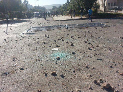 وجدة: مواجهات عنيفة بين القوات العمومية والطلبة [فيدو+صور]